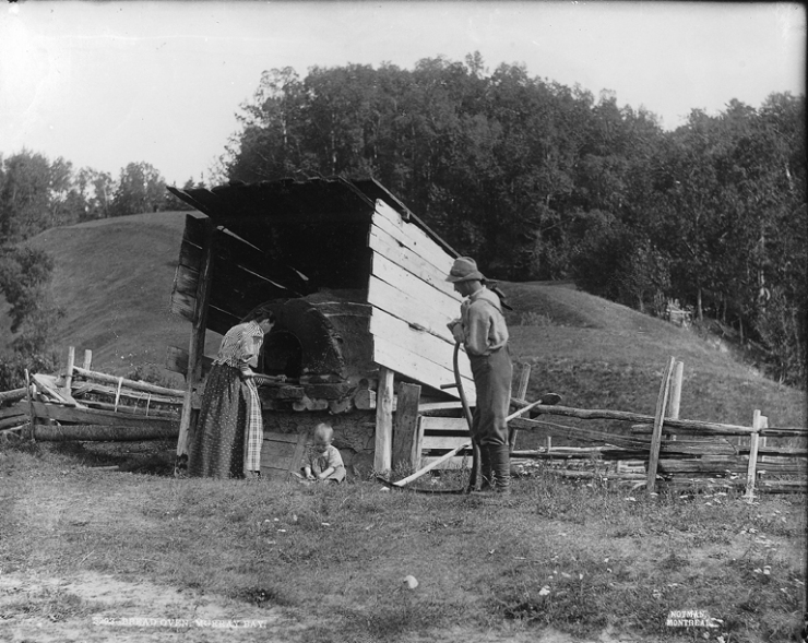 Bake oven, Murray Bay, QC, 1898